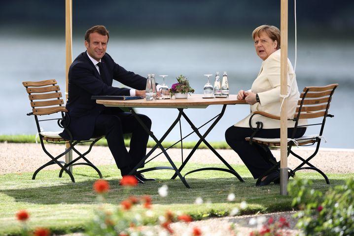 Präsident Macron, Kanzlerin Merkel in Meseberg