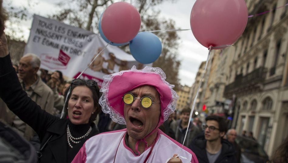 Proteste gegen die Homo-Ehe in Lyon: 22.000 Menschen gehen auf die Straße