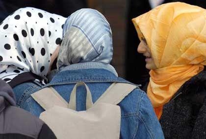 Türkische Schülerinnen (in Duisburg): Britische Schule will moderne Muslime erziehen