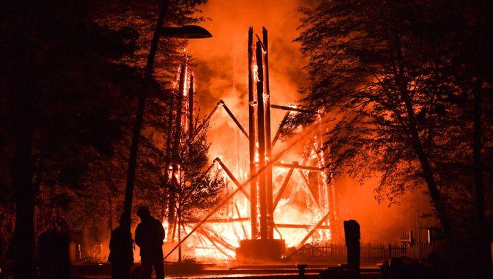 Frankfurt: Feuer zerstört Goetheturm