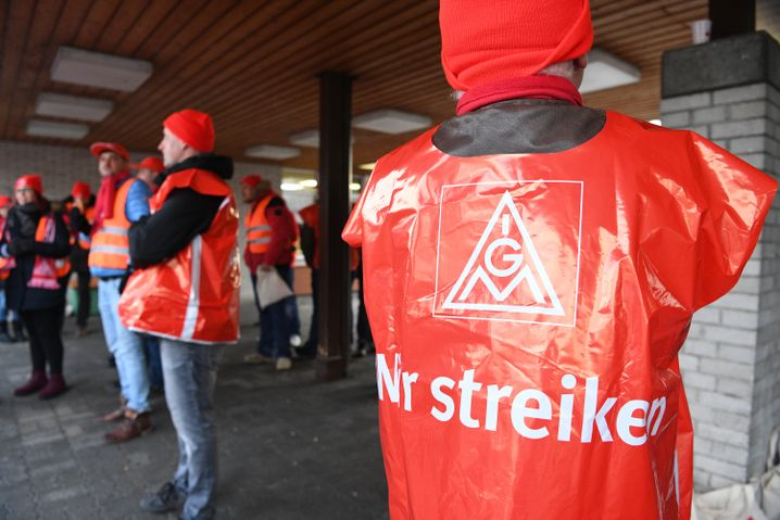 Streik beim Autozulieferer ZF in Friedrichshafen