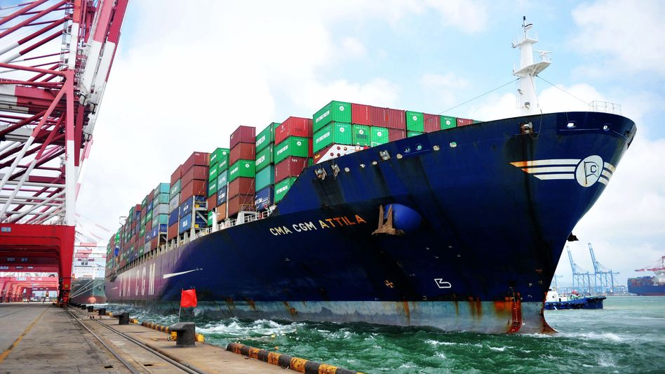 Container-Terminal in Qingdao