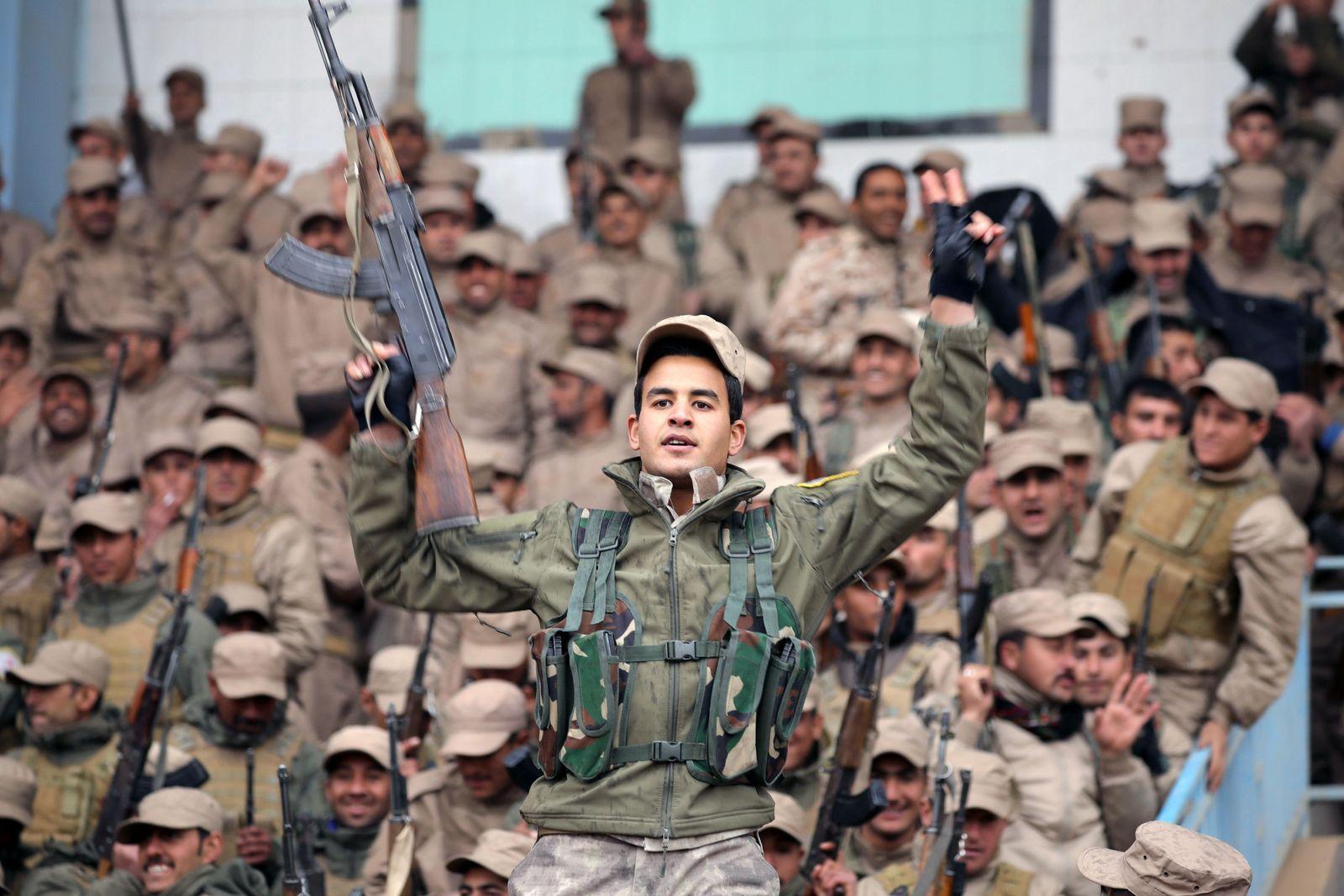 Syrien Kurdische Soldaten
