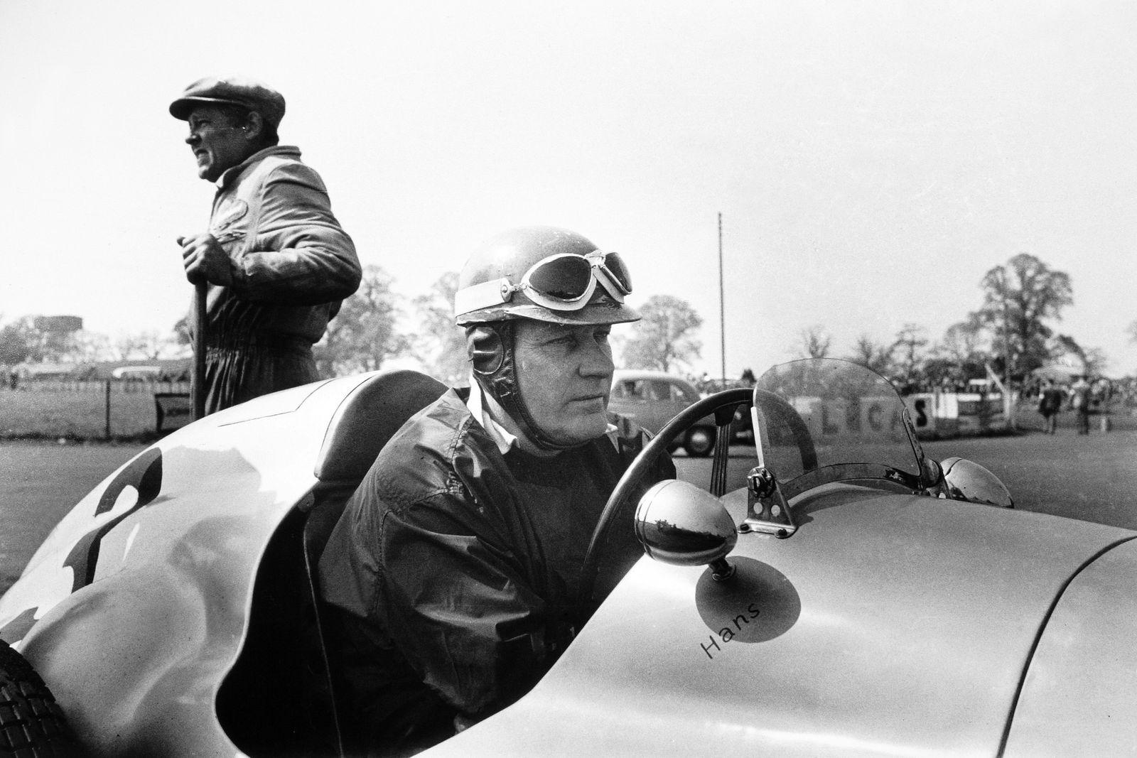 1953 Daily Express International Trophy. Silverstone, Great Britain. 9 May 1953. Hans Stuck (AFM-Kuchen), portrait. PUB