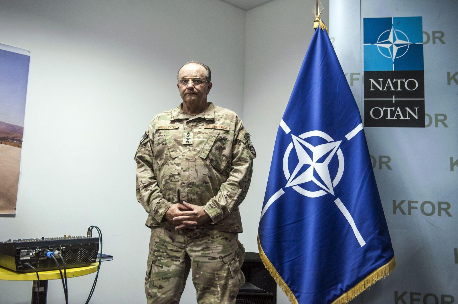 KOSOVO-US-NATO-DEFENCE