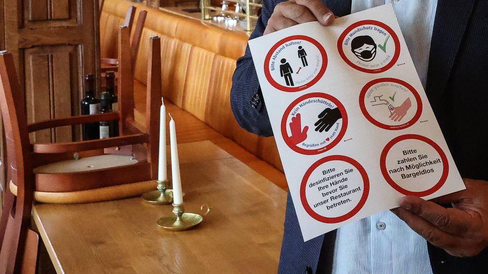 Vorbereitungen auf Lockerungen in einem Restaurant in Hannover
