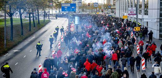 Conference League:<br>Union-Berlin-Fans bei Polizeieinsatz in Rotterdam verletzt