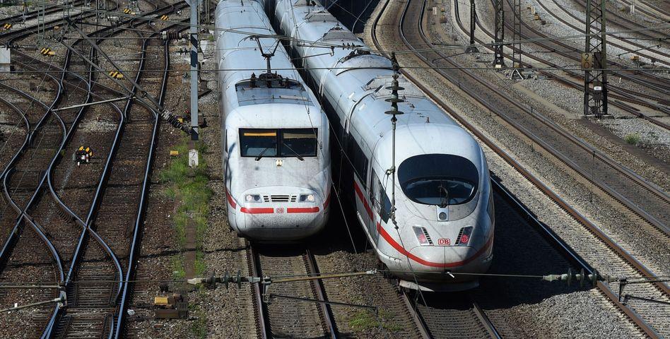 ICE-Züge der Bahn: Vor dem Krisentreffen des Aufsichtsrats schlägt der Rechnungshof Alarm