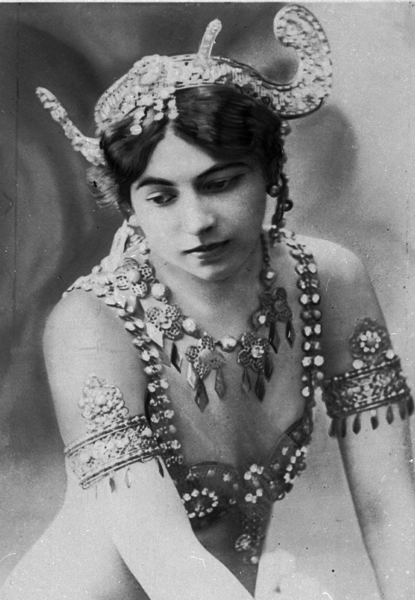 NUR FÜR EINESTAGES - Mata Hari