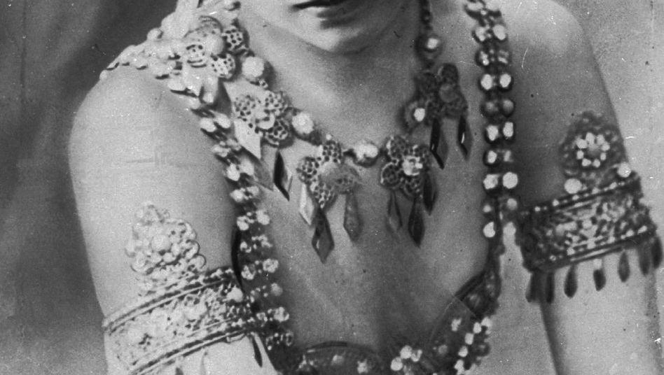 Ihre exotischen Tänze machten Margaretha Geertruida Zelle alias Mata Hari in den Jahren vor dem Ersten Weltkrieg berühmt.
