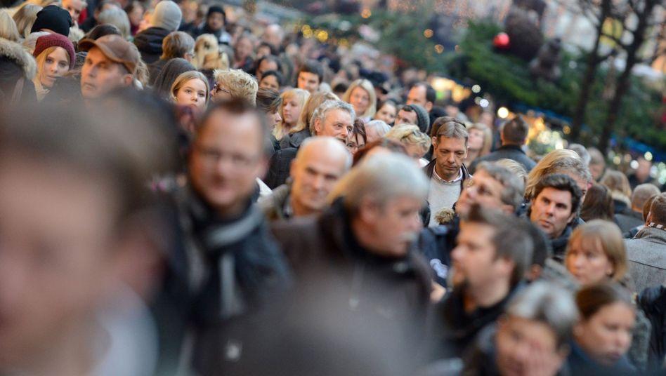 Menschenmenge in Hamburger Einkaufsstraße: Deutschland ist gefragt