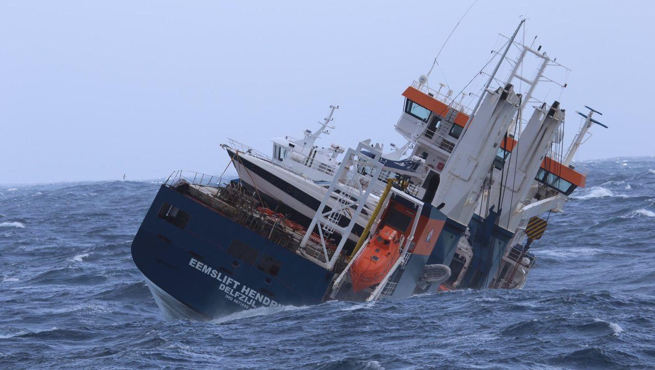Bergung des verlassenen Frachters »Eemslift Hendrika« wegen schlechten Wetters verschoben