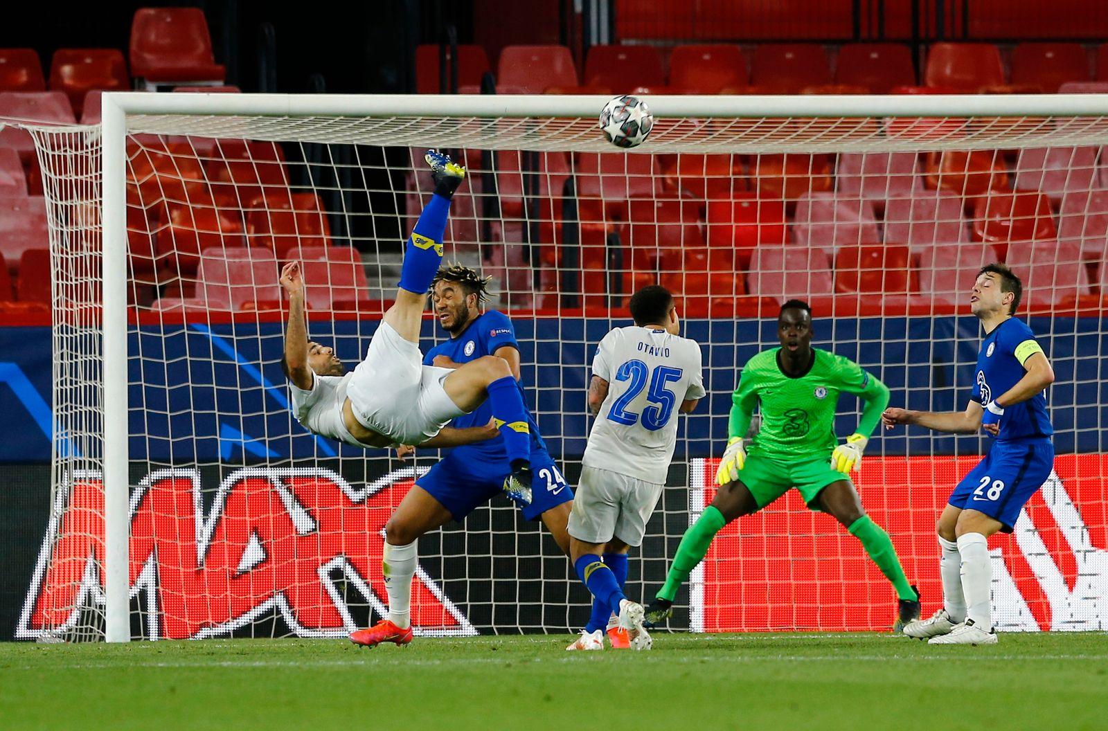 Champions League - Quarter Final Second Leg - Chelsea v Porto