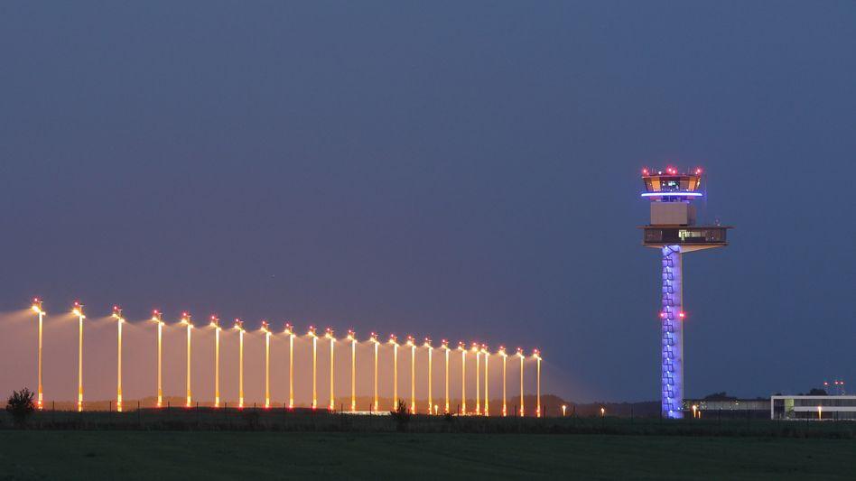 Willy-Brandt-Flughafen Berlin: Eröffnung auf Oktober 2013 verschoben