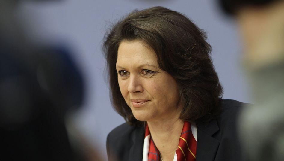 """Verbraucherschutzministerin Aigner: """"Wir müssen jetzt an einem Strang ziehen"""""""