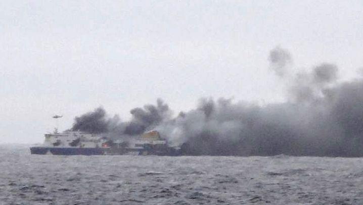 """Feuer auf Adria-Fähre: An Bord der """"Norman Atlantic"""" gefangen"""