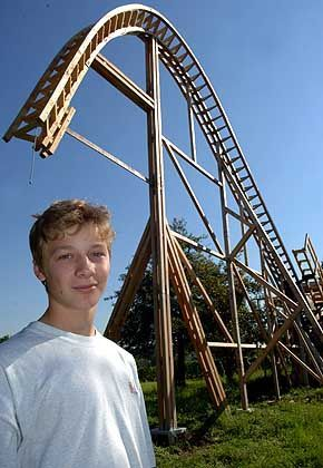 David Mossmann, 14, in front of his creation