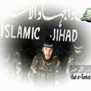 Cüneyt C. vor IJU-Banner: Verklärung eines Terroristen
