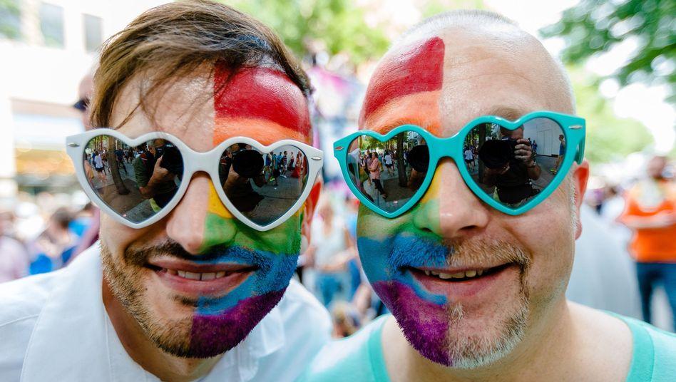 Christopher Street Day (in Hamburg 2014): Aufwind nach dem Referendum in Irland