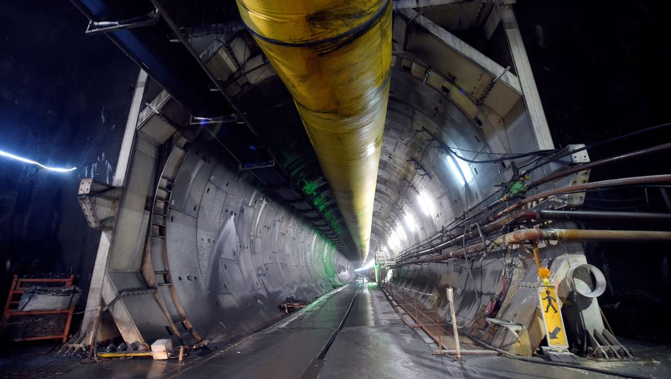 Tunnel auf der Hochgeschwindigkeitsstrecke TAV