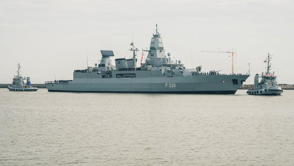 """Die Fregatte """"Hamburg"""" kehrt nach einem Einsatz im Mittelmeer zum Marinestützpunkt Wilhelmshaven zurück (Archivbild)"""