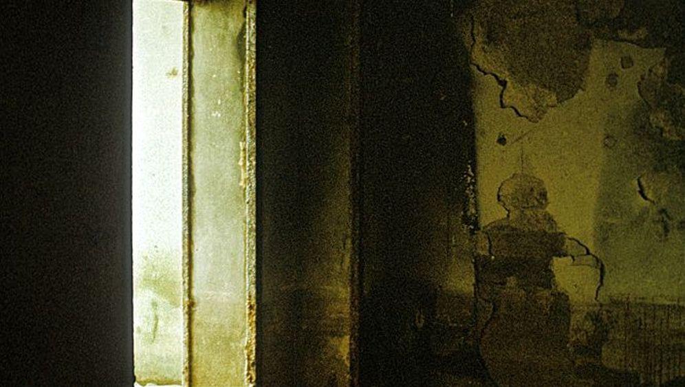 Photo Gallery: Sneaking into Hitler's Bunker