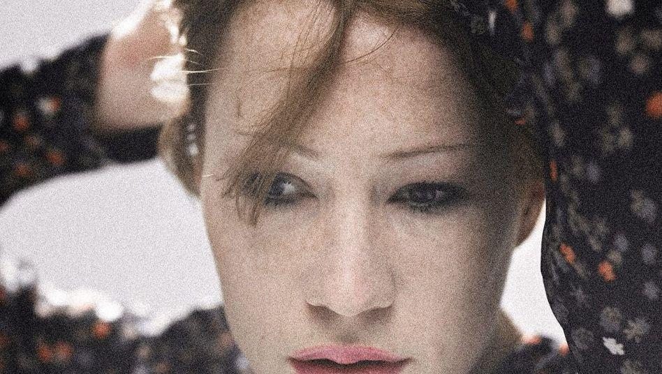 Diva Minichmayr: Am Anfang hat sie versucht, der Welt zu sagen, sie sei doch eigentlich ganz schüchtern und still