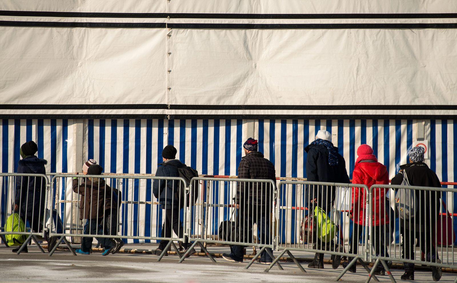 Flüchtlinge an der österreichischen-slowenischen Grenze