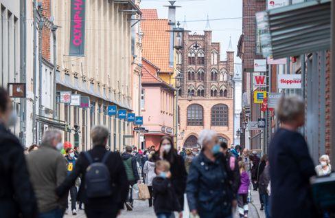 Fußgängerzone in Stralsund: Weniger Belastung für künftige Rentner