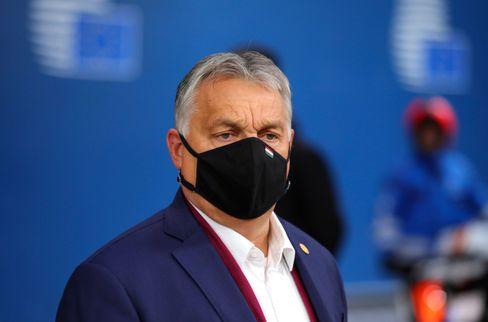 """Eiskalter Stratege"": Viktor Orbán auf dem EU-Gipfel in Brüssel"