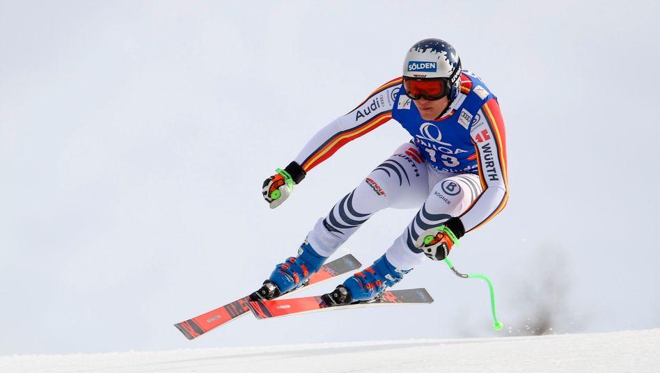 Ski-Ass Dreßen bei Sturz an Schultern verletzt