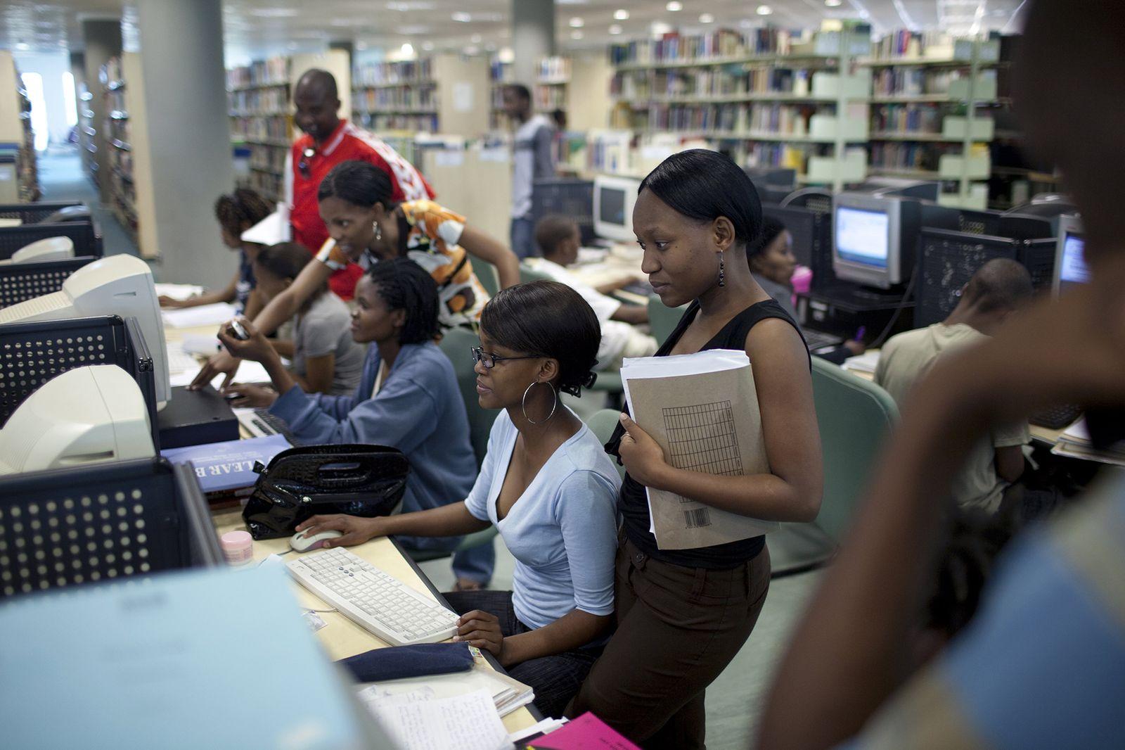 EINMALIGE VERWENDUNG Botswana/ Infrastruktur/ Investition