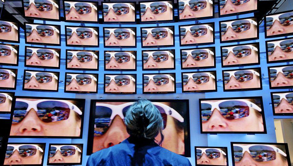 Fernseher auf der IFA 2010: Damals hatte man noch gute Chancen, TV-Geräte ohne Internetanschluss zu bekommen