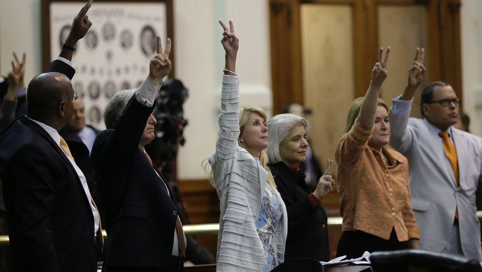 Senatorin Wendy Davis (M.): Dauerrede gegen das Abtreibungsgesetz
