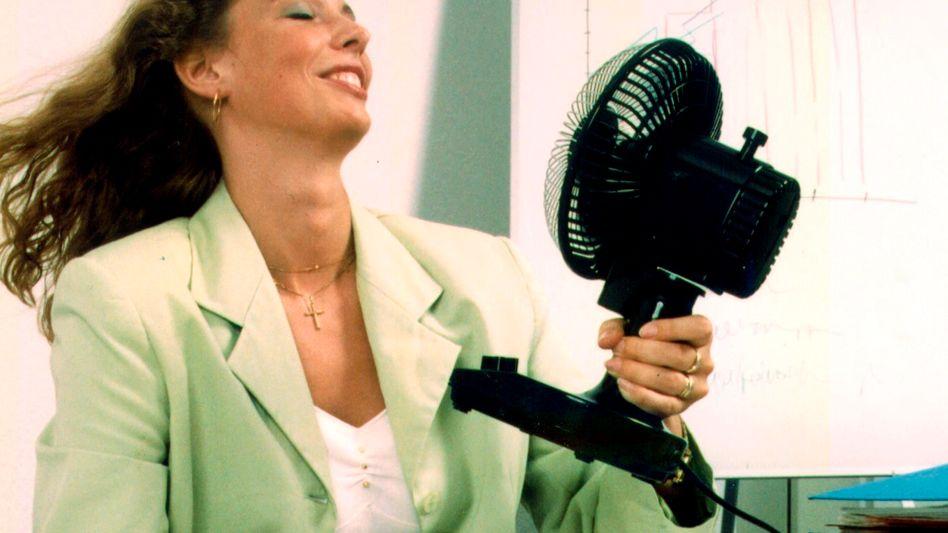 Morgens halb zehn im Büro: Das Haar sitzt