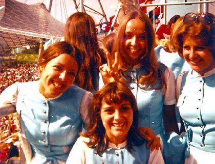 Roswitha Greis (vorne Mitte) mit ihren Kolleginnen bei den Olympischen Spielen 1972