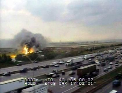 Flugzeugunglück: alle Passagiere konnten sich retten
