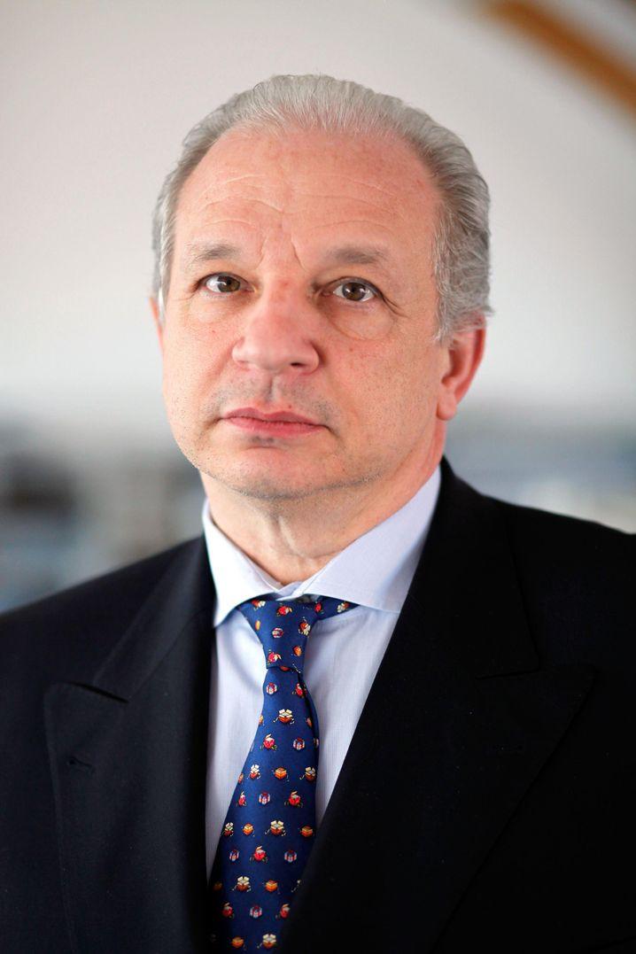 Maram Stern ist stellvertretender Geschäftsführer des Jüdischen Weltkongresses und leitet seit 1989 das Brüsseler Büro der Organisation.