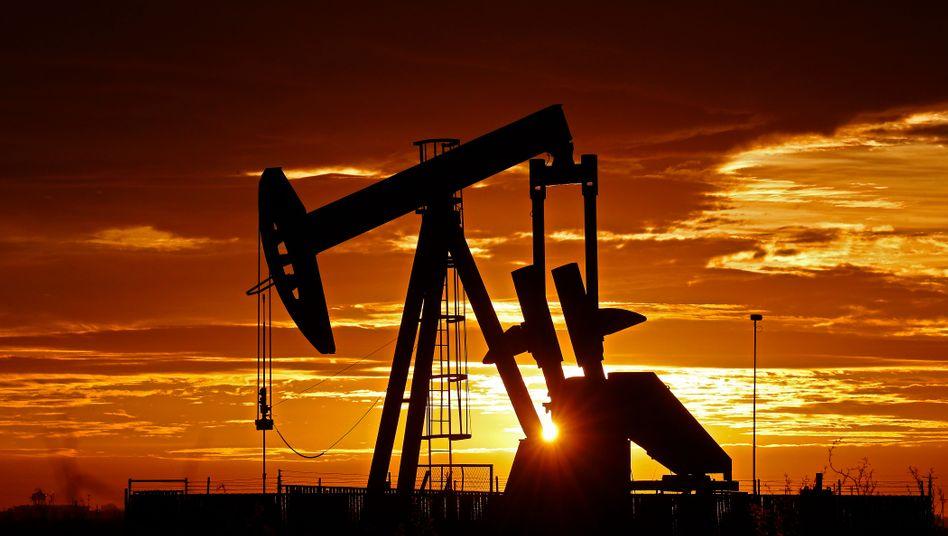 Ölförderung im Permbecken bei Midland (US-Bundesstaat Texas)