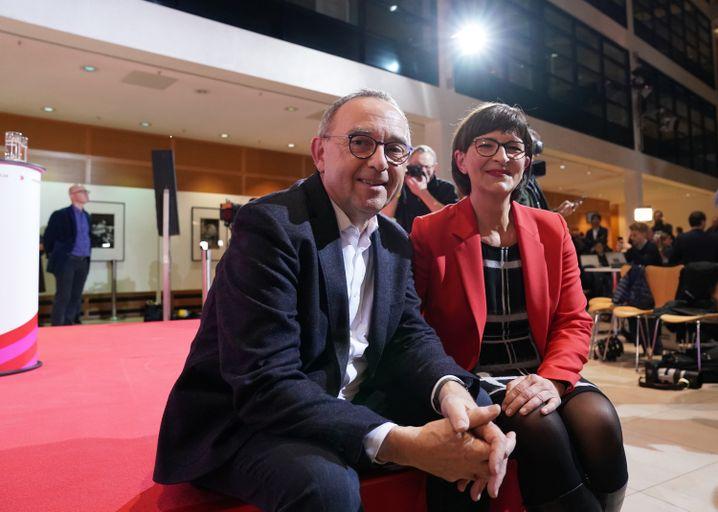 Neues SPD-Führungsduo Norbert Walter-Borjans und Saskia Esken