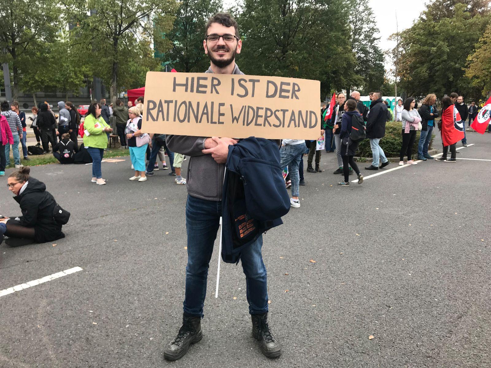 EINMALIGE VERWENDUNG Arne Döpker, 22 Jahre, Biologiestudent aus Marburg