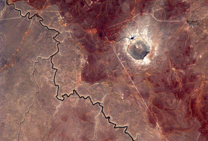 Einschlagkrater im US-Bundesstaat Arizona, der Meteorit hatte eine Größe von 45 Metern