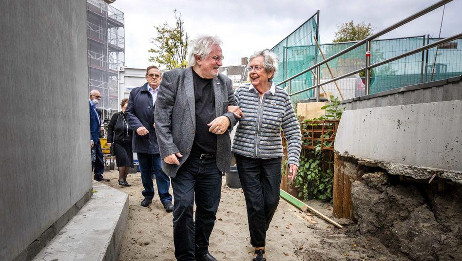 Jacqueline van Maarsen auf der Baustelle für das neue Holocaust-Mahnmal in Amsterdam