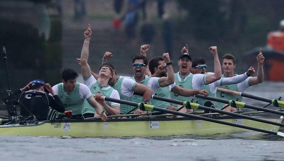 Cambridges Boot jubelt
