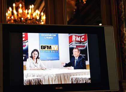 In der Sache durchaus unterschiedlicher Meinung, aber zu Scherzen aufgelegt und liebenswürdig: Ségolène Royal und Francois Bayrou