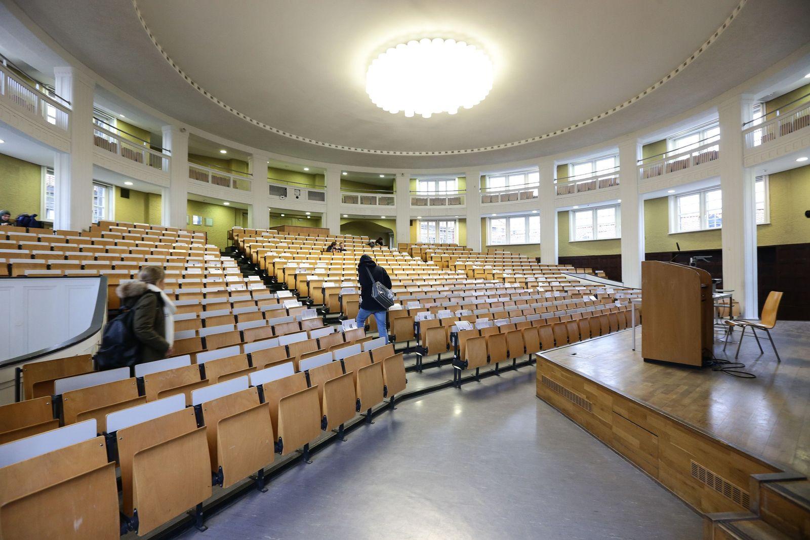 Universität Hamburg / Hörsaal