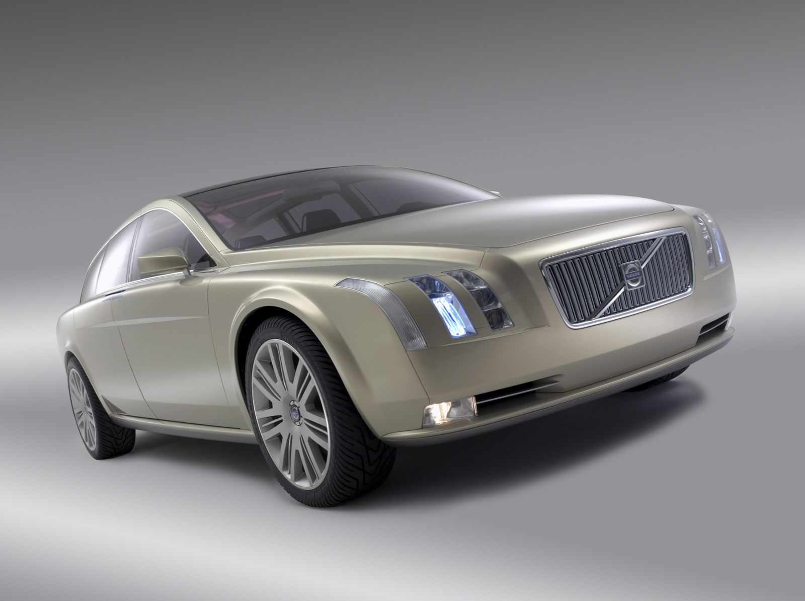 7758_Volvo_VCC_Versatility_Concept_Car_2003_The_VCC_was_designed_to_show_that