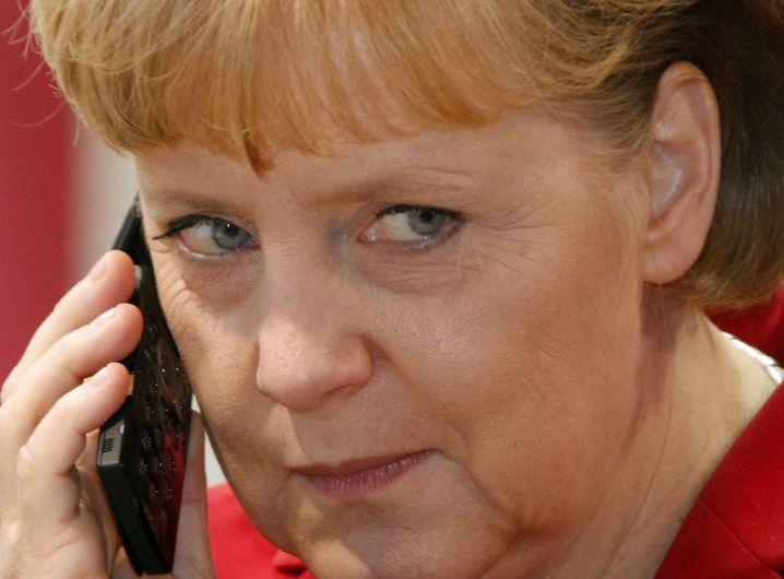 Bundeskanzlerin Merkel: Von französischem Philosophen terrorisiert