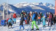 Skigebiete verschärfen nach Andrang die Corona-Regeln