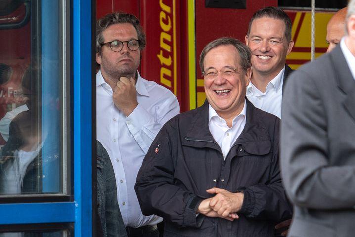 Armin Laschet während des Pressestatements des Bundespräsidenten in Erftstadt